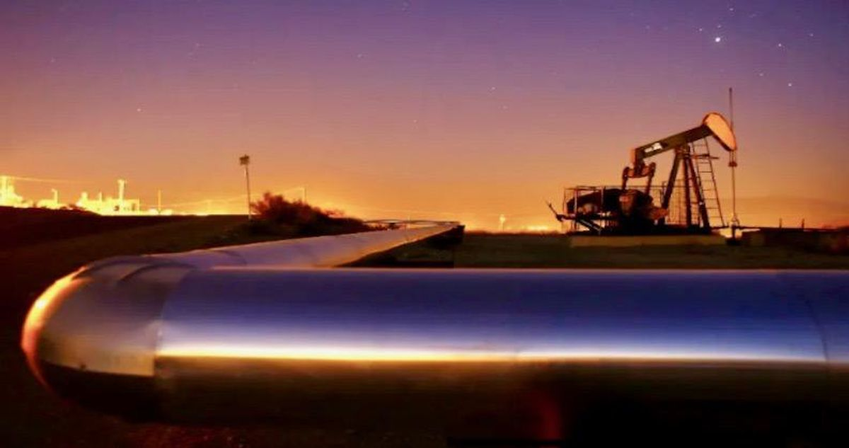 FBI: DarkSide group behind ransomware hacking of US Colonial Pipeline