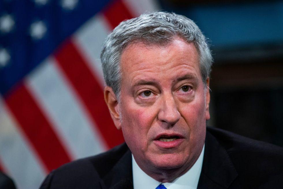 NYPD sending more cops to Jewish neighborhoods in wake of anti-Semitic crimes, de Blasio says