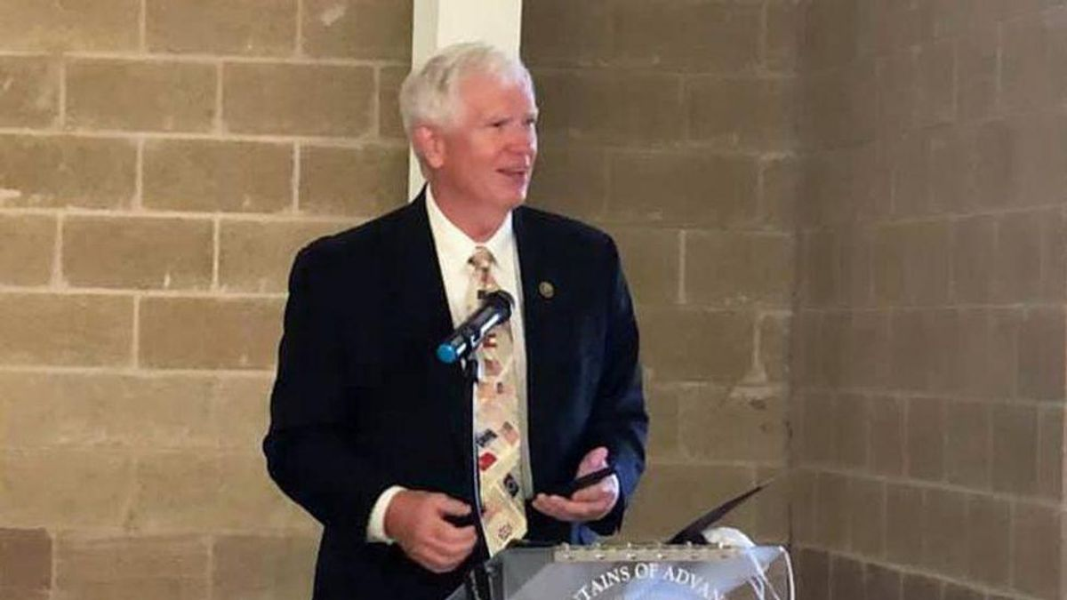 Mo Brooks posts his Gmail password while ranting about Eric Swalwell subpoena