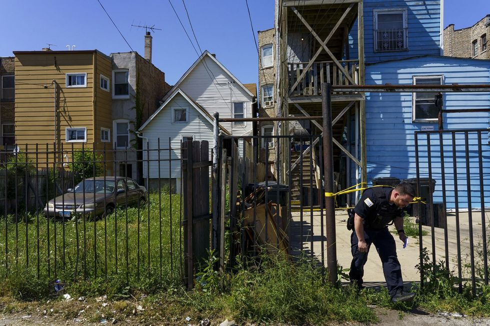 Boy, 14, fatally shot in Chicago as family was moving from neighborhood to escape conflict, cops say