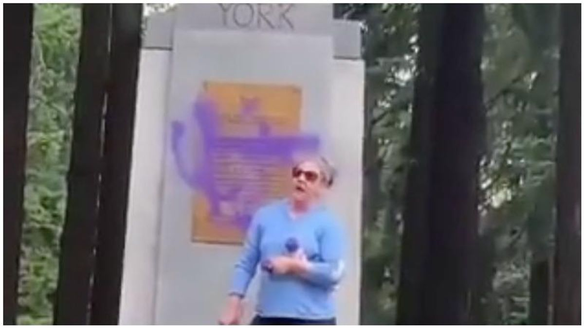 WATCH: Racist vandal quickly busted after she repeatedly mentions her name during unhinged tirade