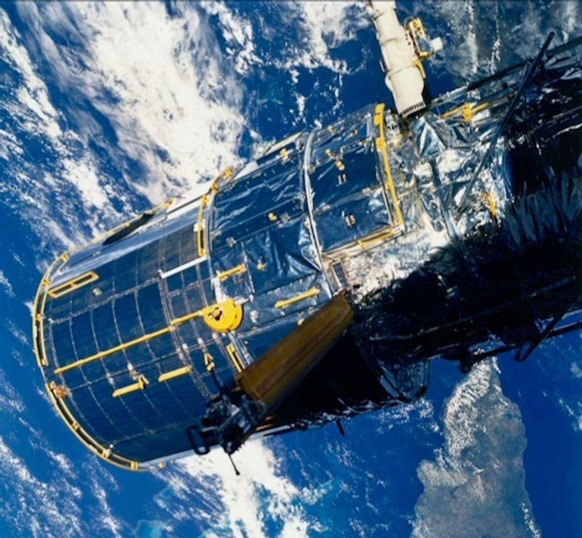 NASA reports trouble with Hubble Space Telescope