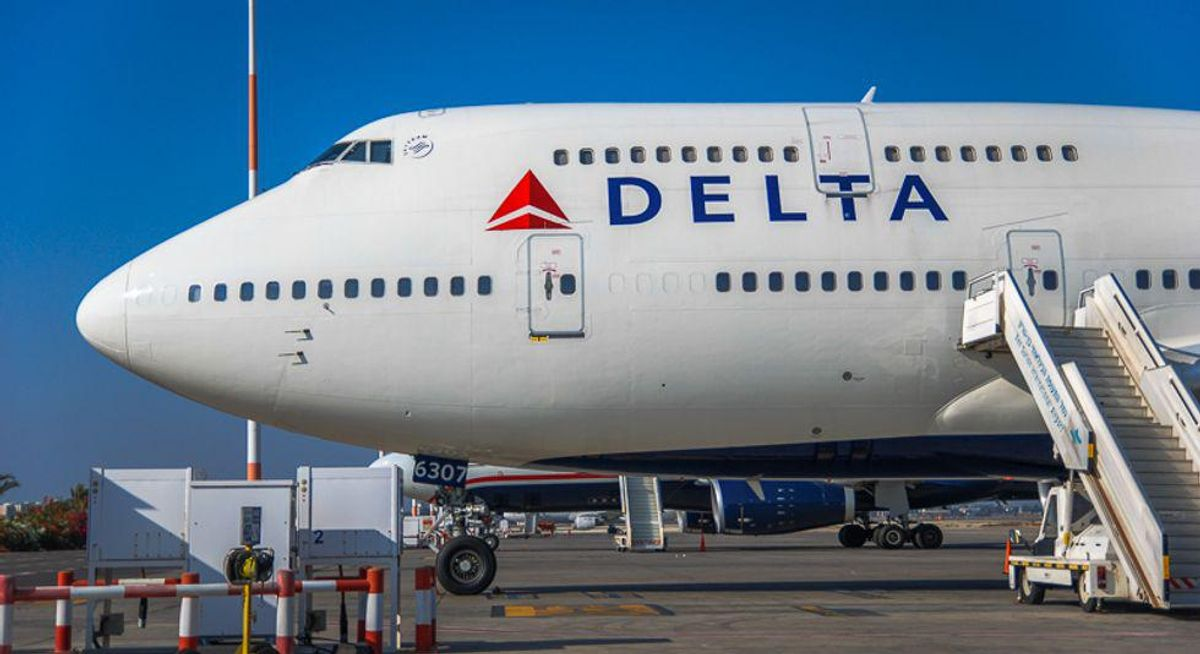 Major banks, airlines hit in new global online outage