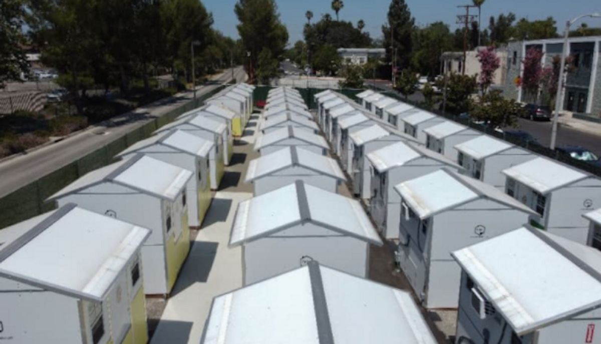In Los Angeles, 'tiny homes' spring up for homeless people