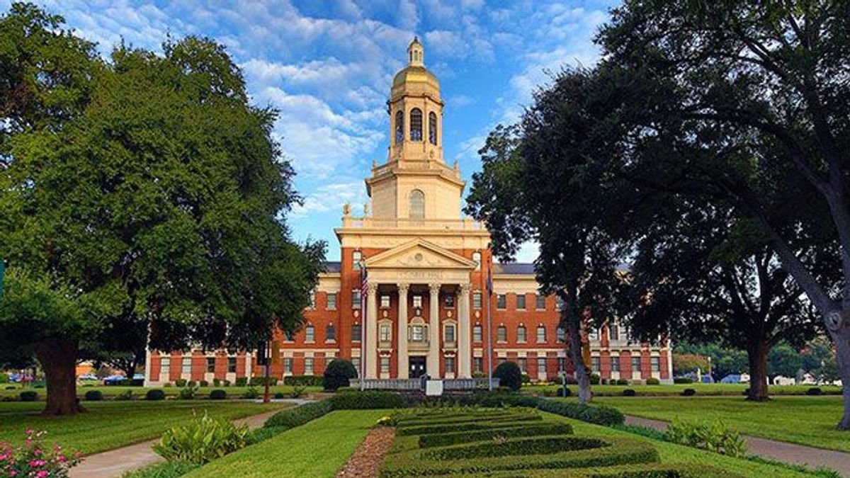 Baylor University stirs anger and confusion as it opens the door for first LGBTQ student group