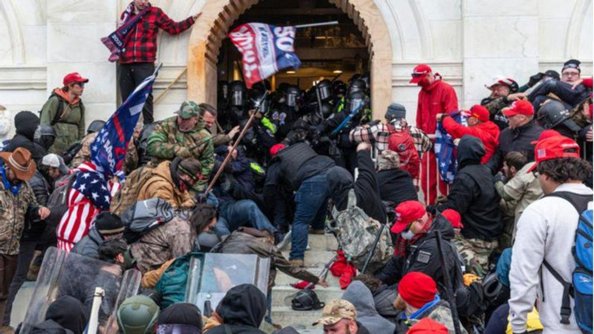 Outrage erupts in MA town as 'ignorant' conservatives plan 'heroes of Jan 6' fundraiser for pro-Trump insurrectionists