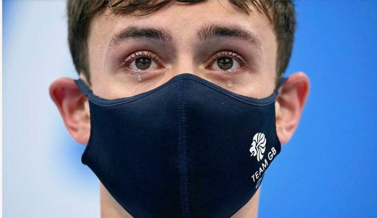 Emotional Tom Daley remembers late father after Olympic diving gold