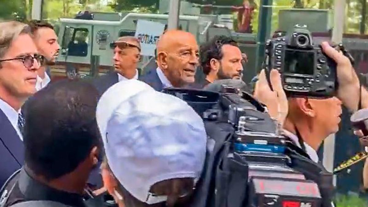 'Traitor!' Tom Barrack is pelted with insults as he arrives at courthouse