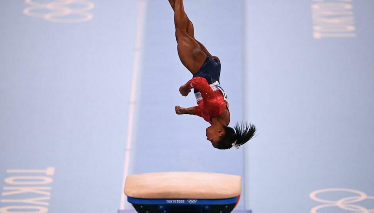 How the 'twisties' derailed Simone Biles' Olympic record bid