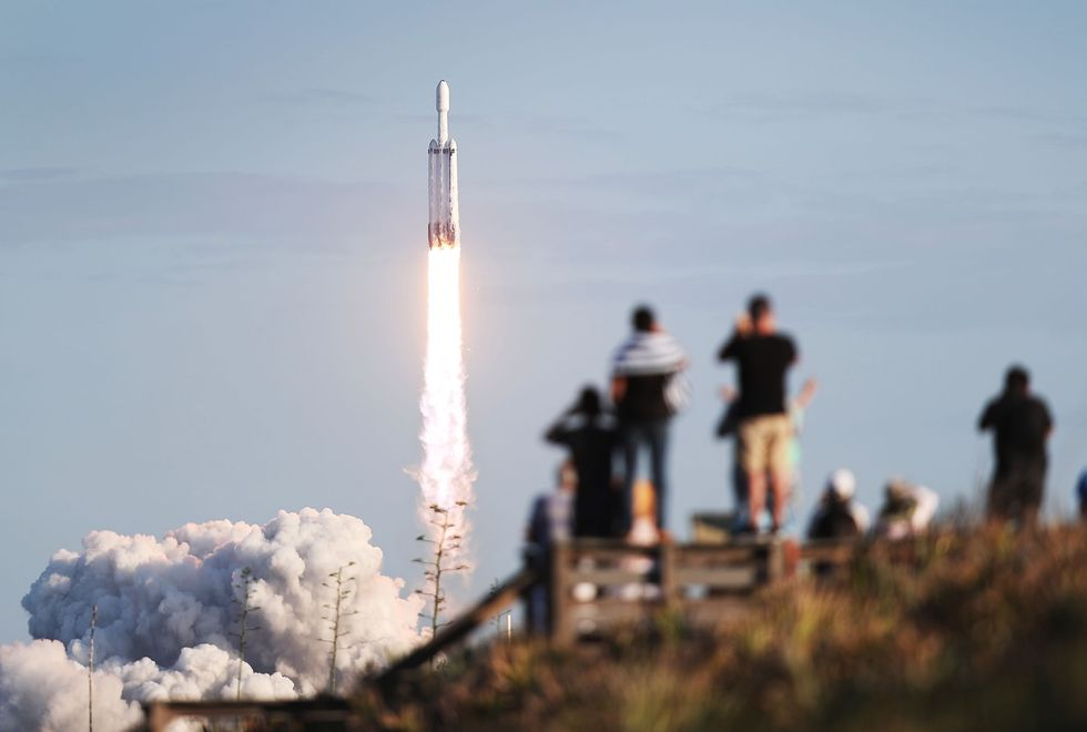 Jeff Bezos loses bid to block NASA's contract with SpaceX
