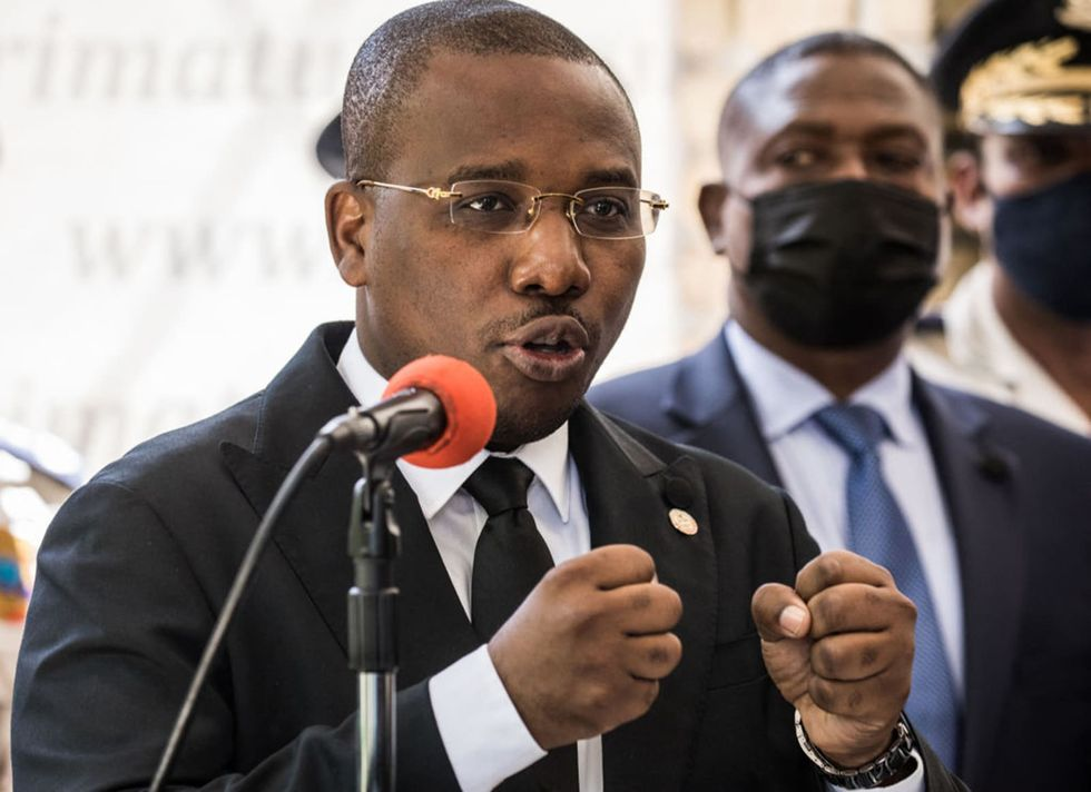 Haiti's acting prime minister to step down, turn over power to  Moïse's earlier pick