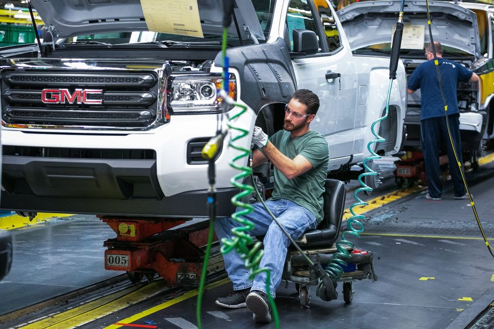 GM, UAW demand workers at Missouri plant mask up again as COVID-19 cases rise