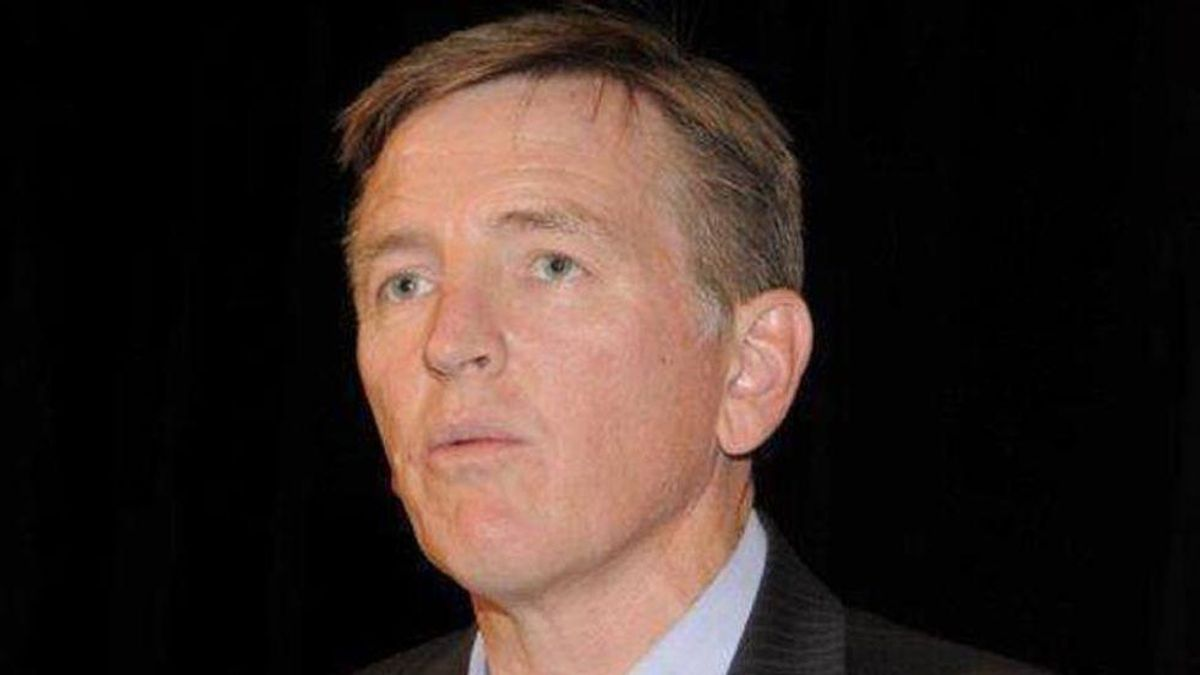 Horrified former dental patients slam GOP's Paul Gosar: 'To think of him putting his hands in my mouth just gives me the creeps'