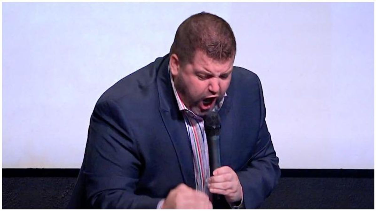 Infamous evangelist goes nuts at Christian nationalist event: 'You don't need the vaccine -- you got Jesus!'
