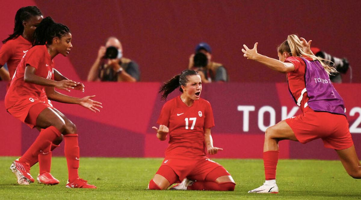 Canada shocks USA to reach Olympic women's football final