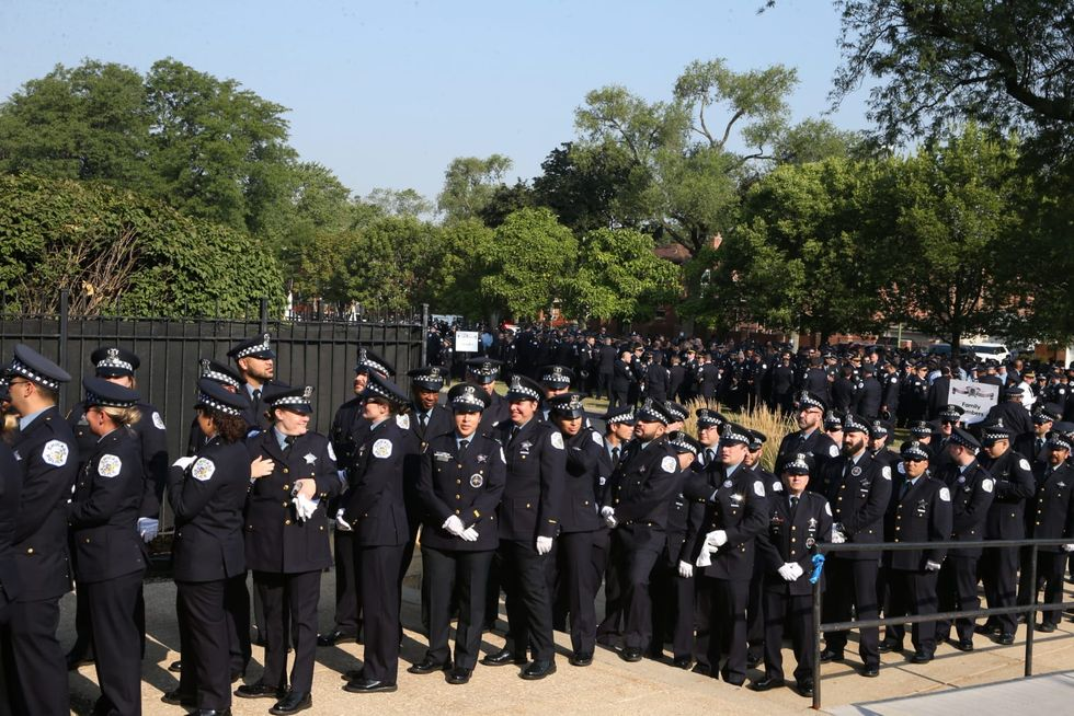 Thousands attend funeral to honor Chicago police Officer Ella French