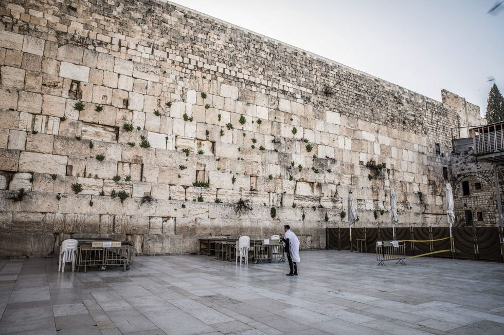 Israel opens new visitor route through the tunnel of the Wailing Wall