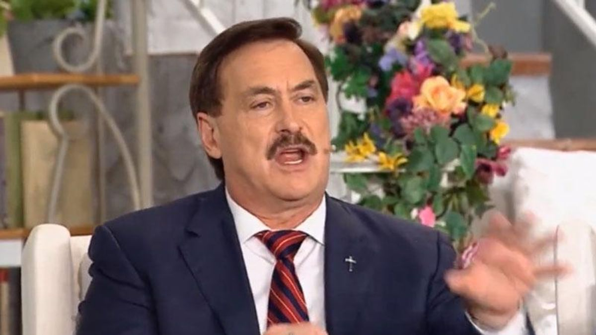 Mike Lindell goes off on paranoid rant: 'Had to get on my knees and pray' that the government wouldn't kill me