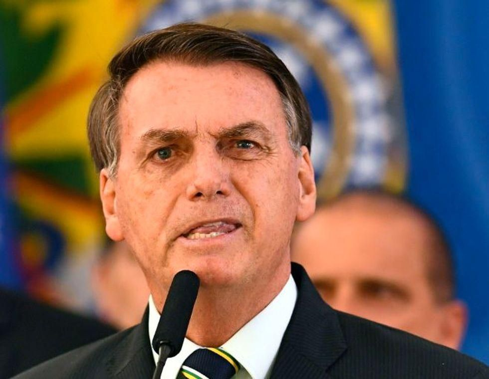 New York pizzeria forces Trump-loving Brazilian president to eat outside after he refused to show proof of vaccination