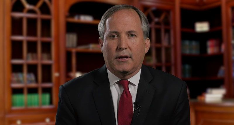 Texas attorney general Ken Paxton left state the same day as Ted Cruz's ill-fated Cancun vacation