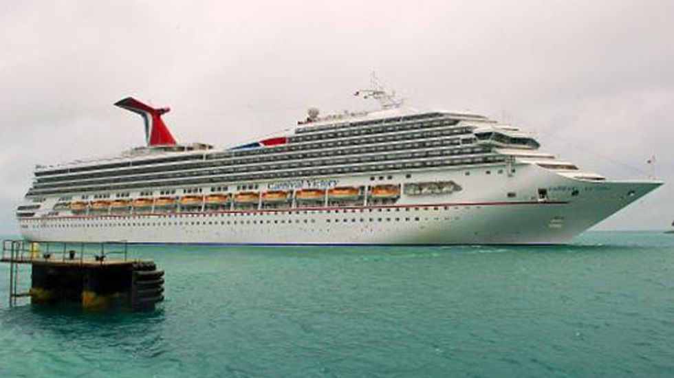 Texas health worker isolated on cruise ship over possible Ebola contact