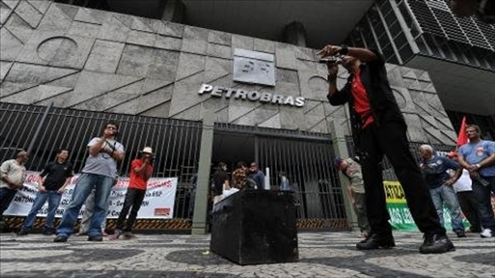 Brazilian oil workers walk off the job for the second straight day