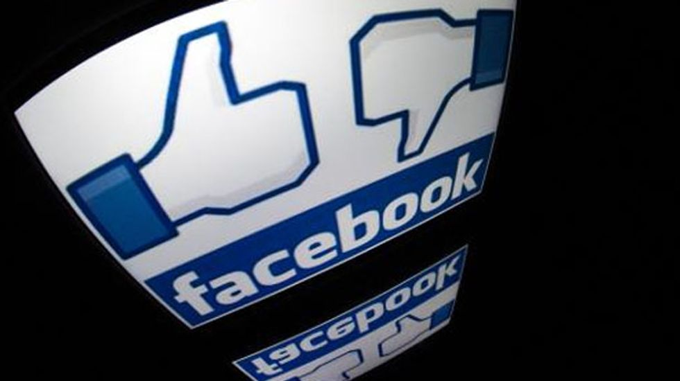 'Likely service disruption' on Facebook prevents users from updating their status