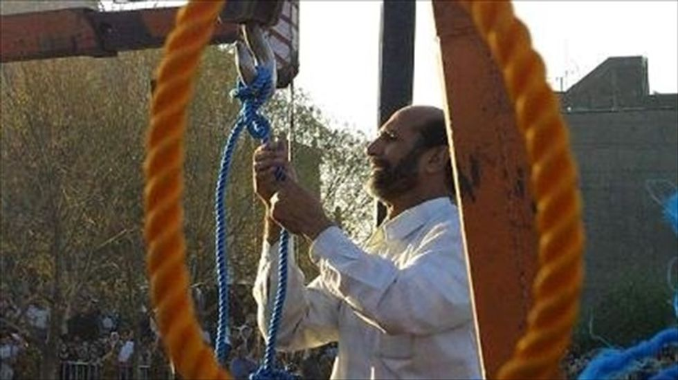 Iranian convict in a coma after surviving hanging