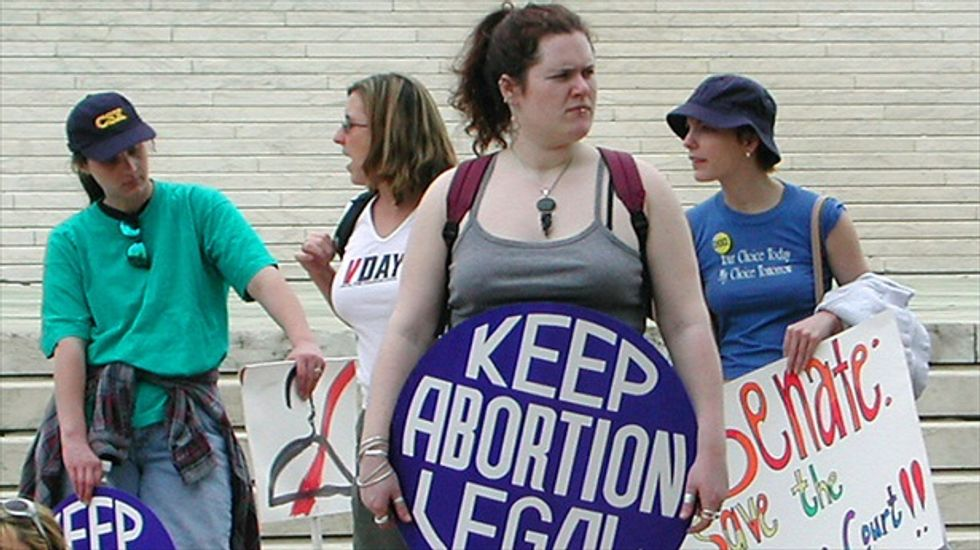 Federal appeals court upholds restrictive Texas abortion rules for physicians