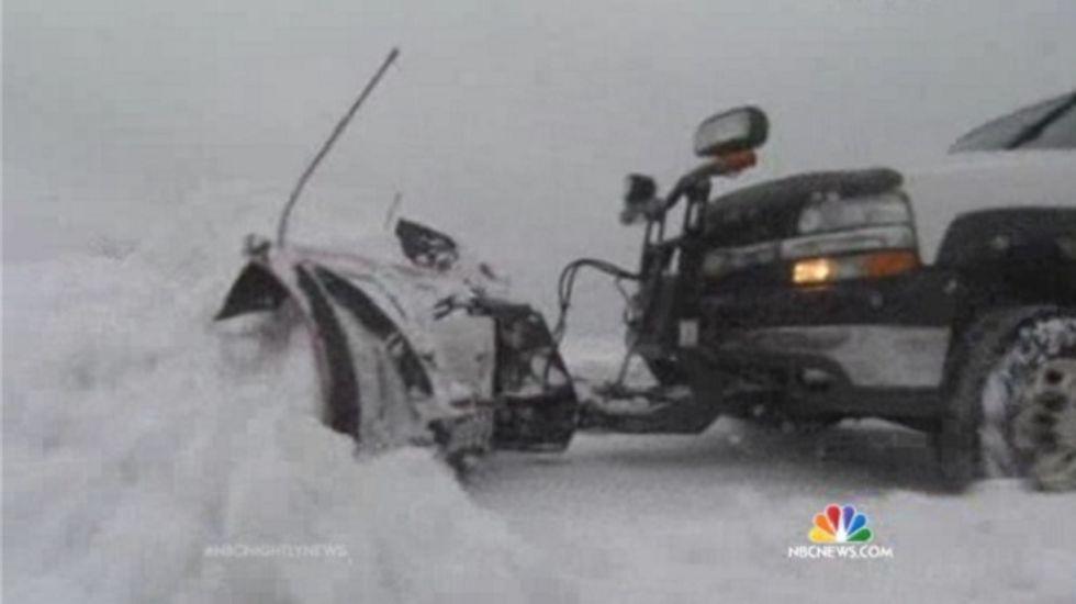Killer storm moves through southwest US; 11 dead