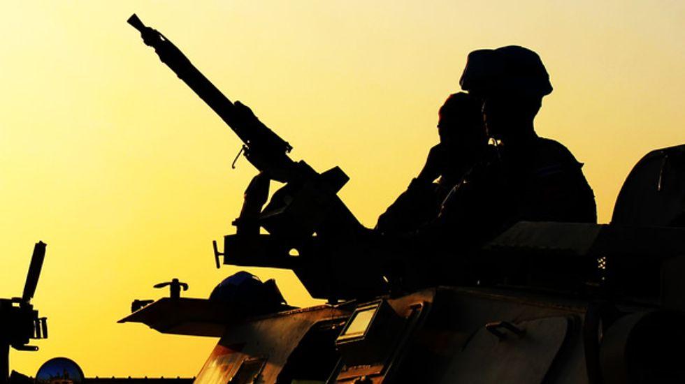 Iraqi gunmen kill female news anchor