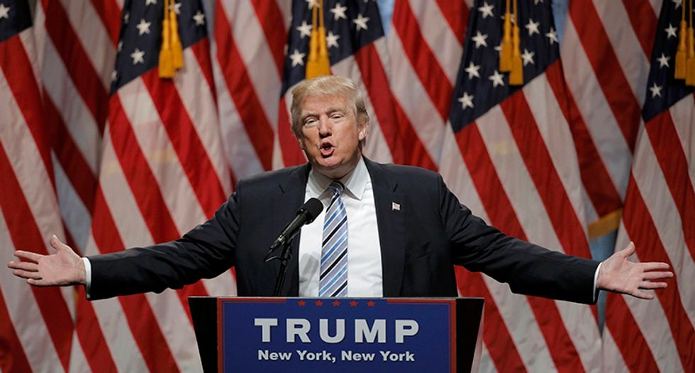 Trump condemns killings of police overshadowing convention