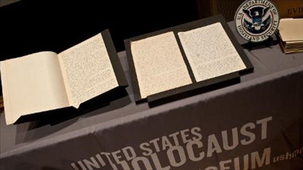 Holocaust Museum takes possession of long-lost Nazi diary