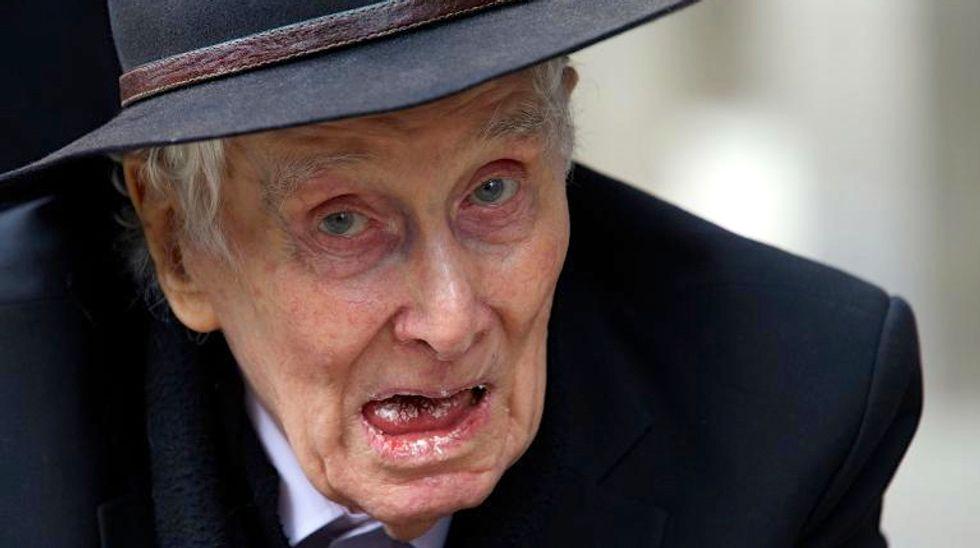 Great Train Robber Ronnie Biggs dies aged 84