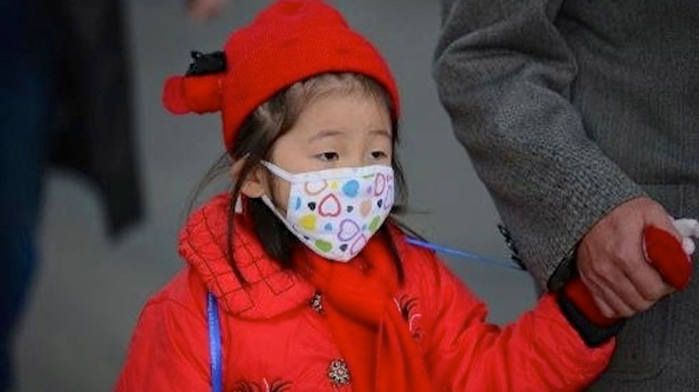 Shanghai blanketed in smog so dense that flights were canceled