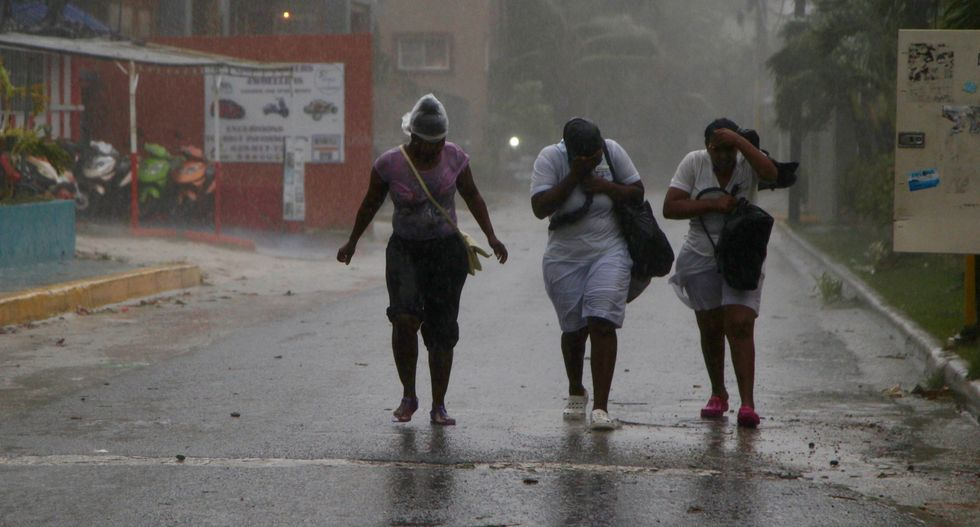 Hurricane Maria lashes Dominican Republic after direct hit on Puerto Rico