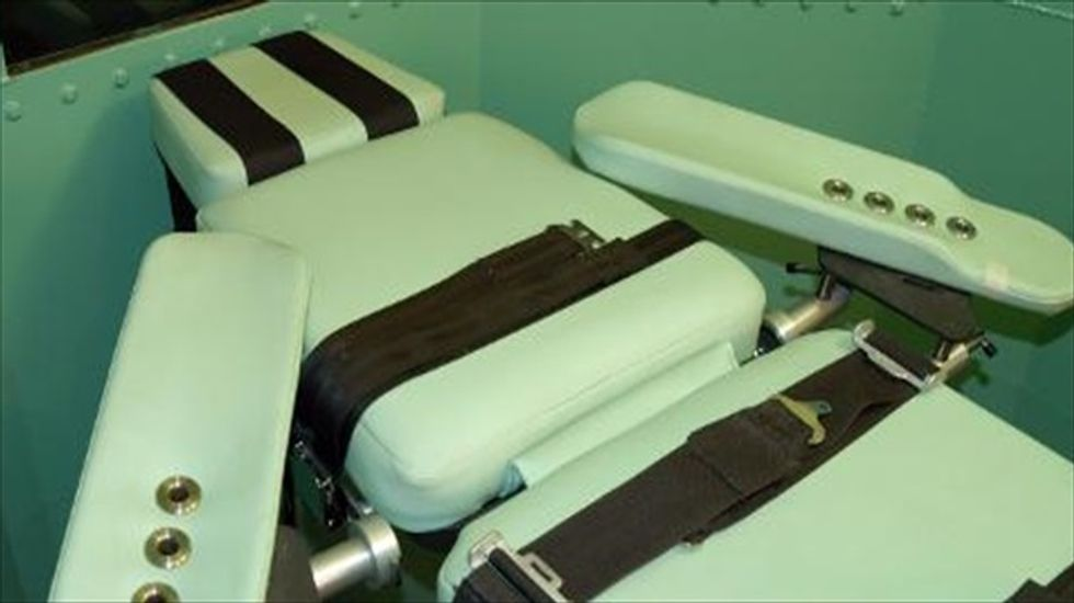 Lawyers want Oklahoma to purchase home brewed lethal injection drug from Texas to execute their client
