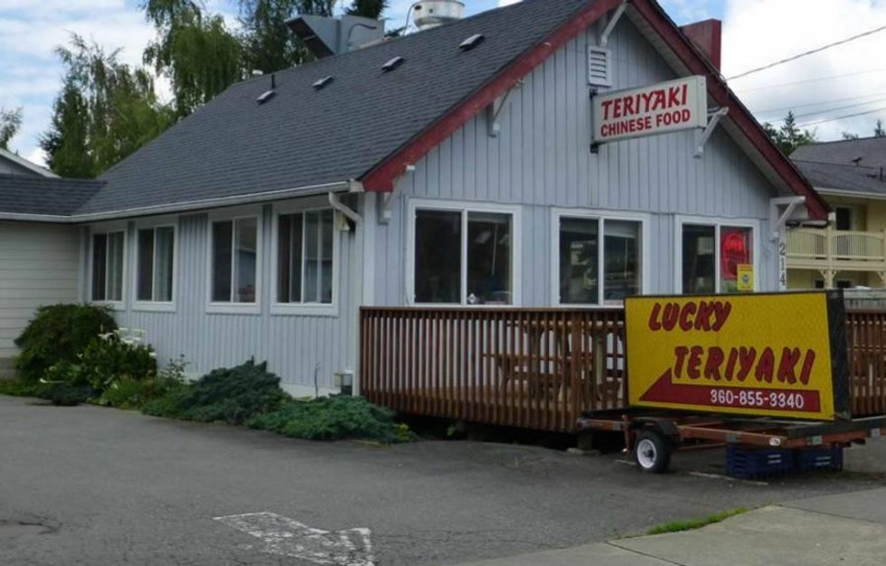 Multiple WA teriyaki shops deluged with hate after sheriff wrongly accuses one of banning cops