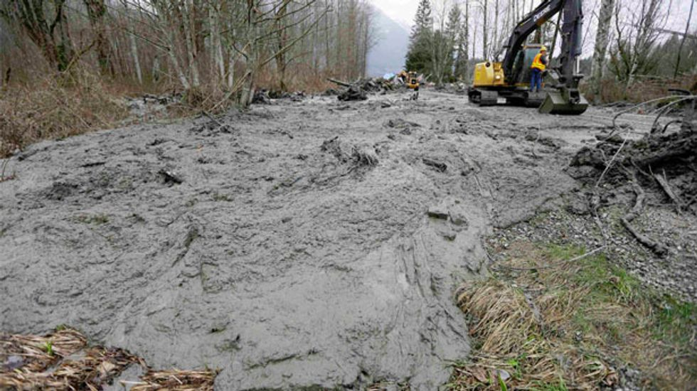 Officials hope for lower death toll in Washington state mudslide