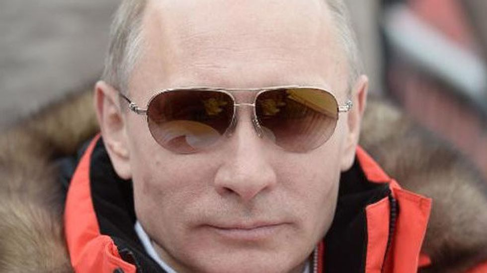 Putin eyes Russia's own credit card system after Western sanctions