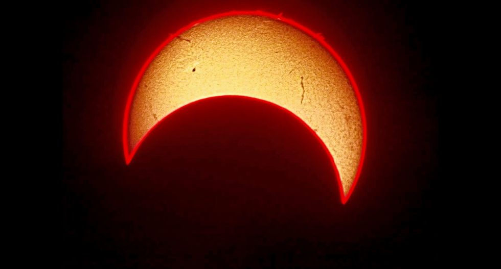 Twitter gears you up for the Great American Eclipse
