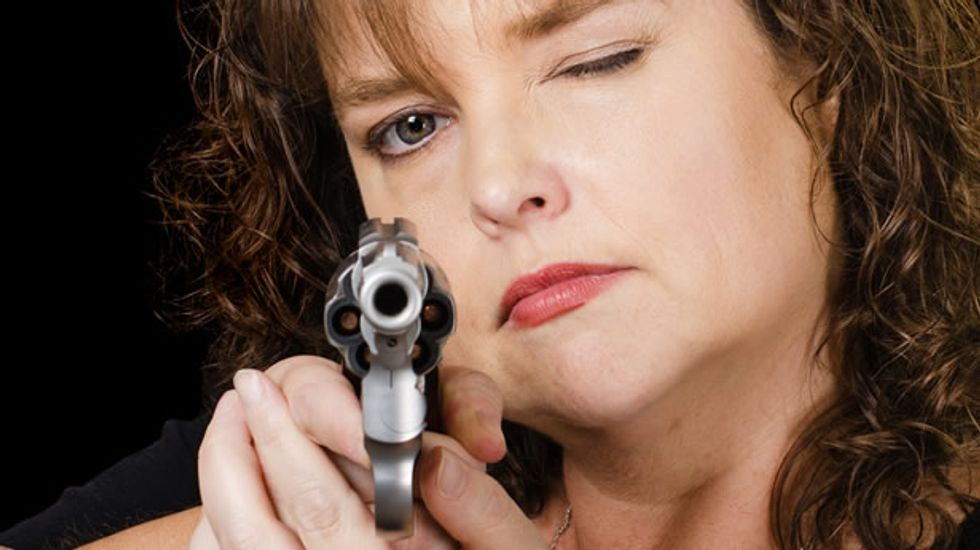 Regular people are totally useless when trying to use a handgun in self-defense: study