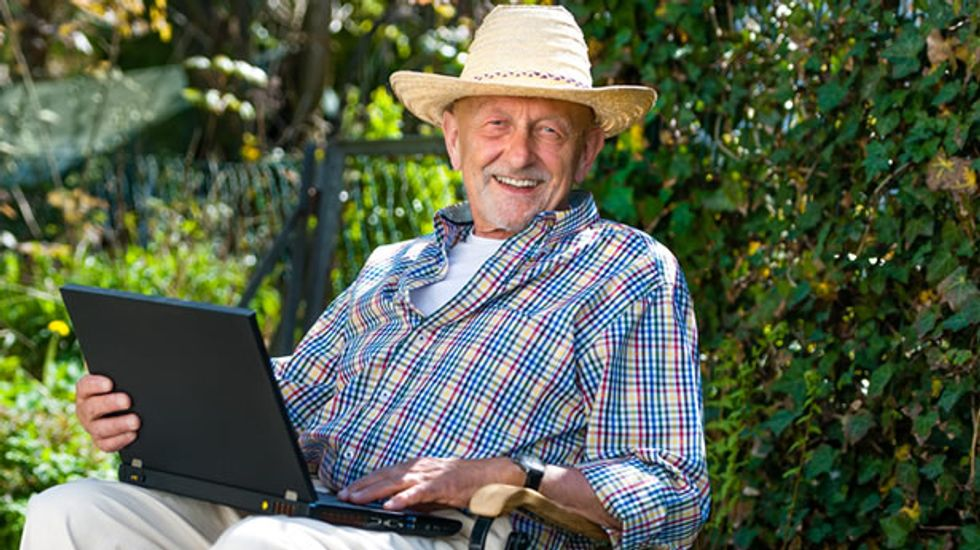 Study: Using the Internet can reduce depression among older adults by 33 percent