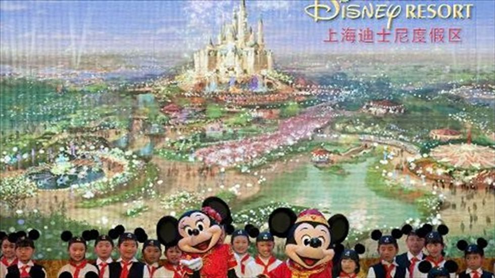 Disney adds $800 million more to plan for Shanghai theme park