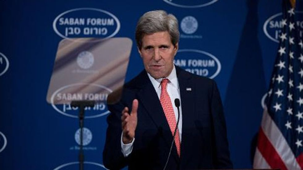 Palestinian official warns: John Kerry will cause 'total failure' of peace talks with Israel