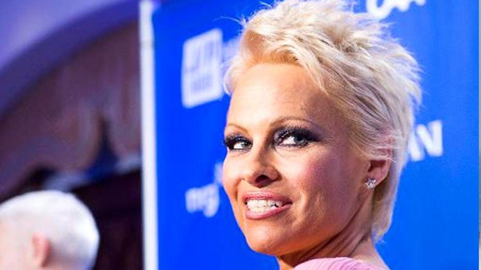Australia turns down plea from Baywatch star Pamela Anderson to bring Julian Assange home