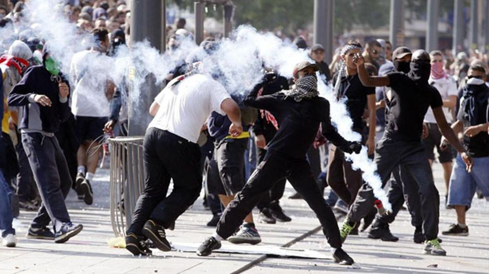 France mulls ban on radical Jewish Defence League