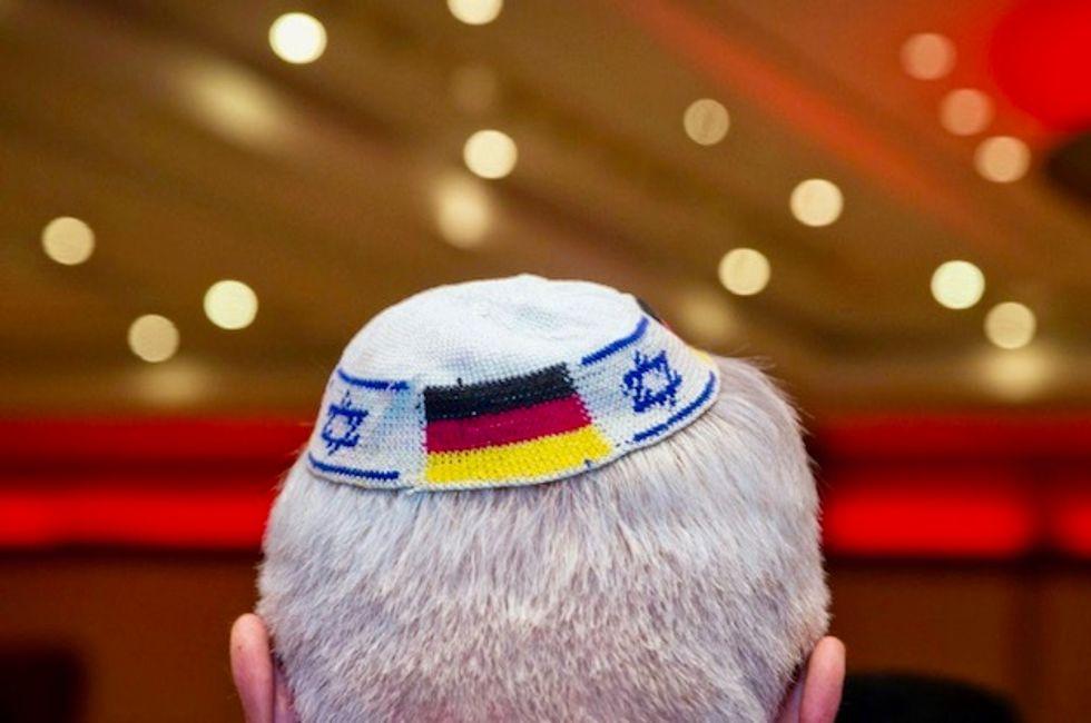 German government urges wearing of Jewish kippa