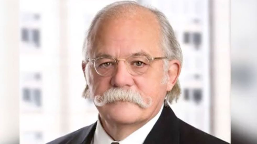 Ty Cobb -- Trump's top lawyer in Mueller probe -- just revealed he's abandoning ship