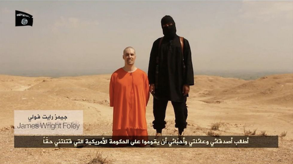 White House reviewing policy toward American hostages held by militants